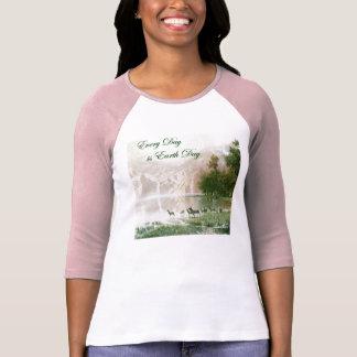 Womens 3/4 Sleeve Raglan (Fitted) Tee Shirts