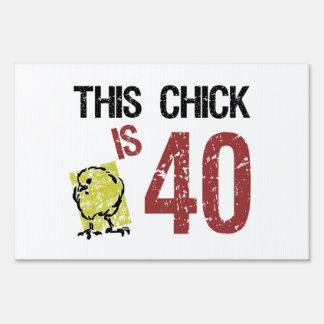 Women's Funny 40th Birthday Yard Signs