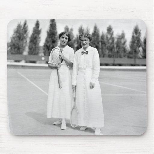 Women's Tennis Champions, 1913 Mousepad