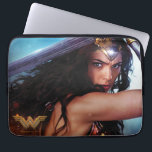 "Wonder Woman Blocking With Sword Computer Sleeve<br><div class=""desc"">Check out Wonder Woman,  as played by Gal Gadot,  fighting on the battlefield and blocking with her sword held above her head and along her back. Wonder Woman&#39;s tiara glows with power as she gives a fierce glare.</div>"