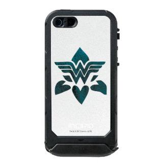 Wonder Woman Grunge Logo Incipio ATLAS ID™ iPhone 5 Case