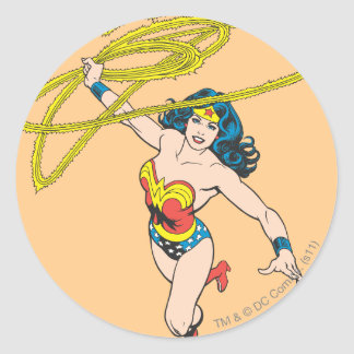 Wonder Woman Holds Lasso 2 Classic Round Sticker