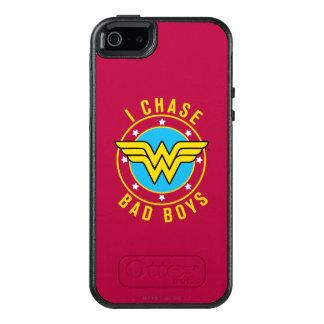 Wonder Woman - I Chase Bad Boys OtterBox iPhone 5/5s/SE Case