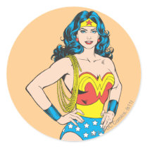 Wonder Woman | Vintage Pose with Lasso Classic Round Sticker