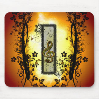 Wonderful clef with flowers mouse pad