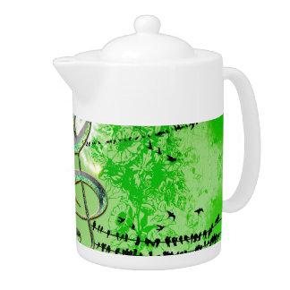 Wonderful green clef teapot