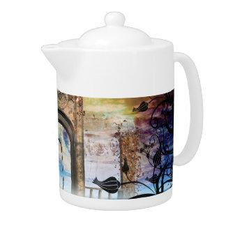 Wonderful lamp boat drives by a gate teapot