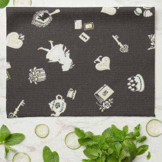 Wonderland 1 kitchen towel