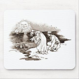 Wonderland Vintage Illustration Mouse Pad