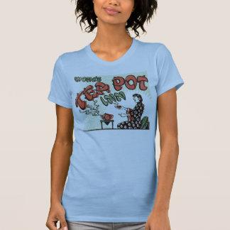 Wongs teapot inn T-Shirt