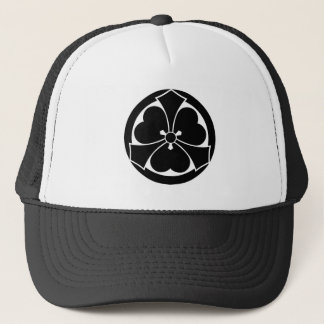 Wood sorrel with jut-out-swords in circle trucker hat