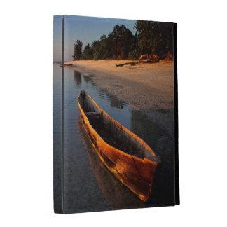 Wooden boats on Tondooni Beach iPad Folio Case