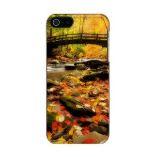 Wooden Bridge and Creek in Fall Metallic iPhone SE/5/5s Case