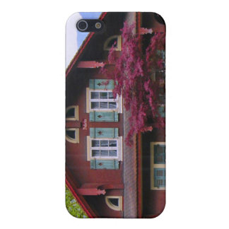 Wooden chalet, Central Switzerland iPhone SE/5/5s Cover