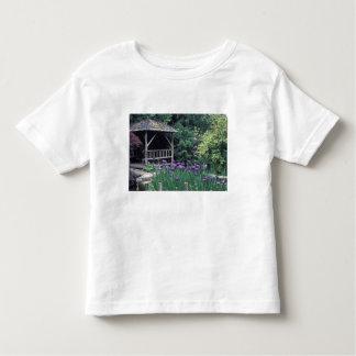Wooden pavilion in the Sunken Garden in Toddler T-shirt