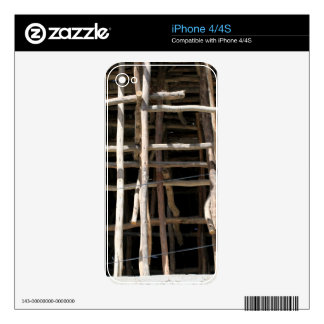 Wooden Scaffold Skins For The iPhone 4