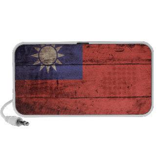 Wooden Taiwan Flag Travelling Speaker