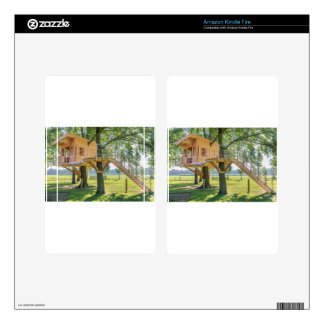 Wooden tree house in oak tree with grass kindle fire skin