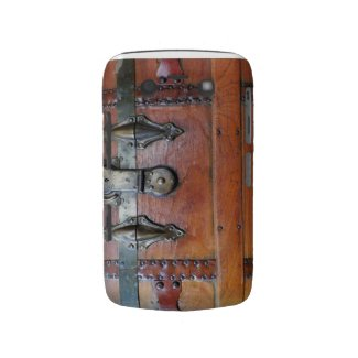 Wooden Trunk Chest with Buckles Blackberry Bold Cases