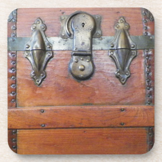 Wooden Trunk Chest with Latches Coaster