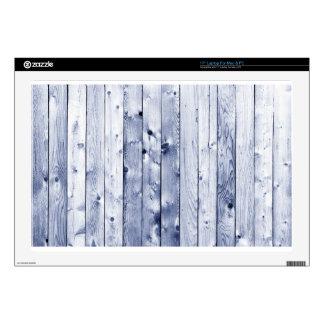 """Wooden Wall 17"""" Laptop Skin"""