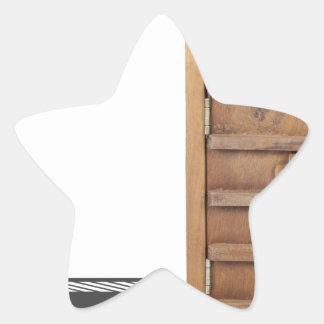 WoodenCastleDoorBarLock021613.png Star Sticker