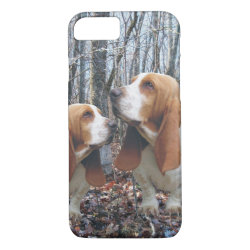 Woodland Basset Hound iPhone 8/7 Case