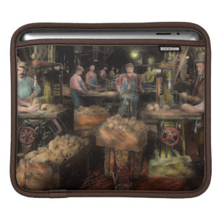 WoodWorking - Toy - The toy makers 1914 iPad Sleeves