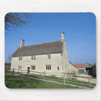 Woolthorpe Manor, Home of Sir Isaac Newton Mouse Pad