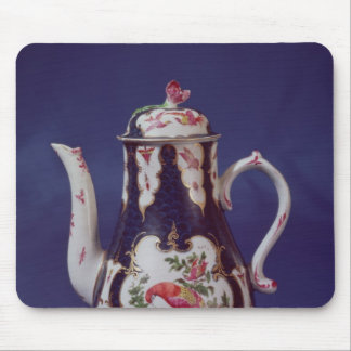 Worcester coffee pot, decorated with birds mouse pad