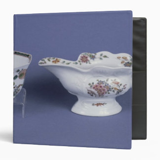 Worcester shaped oval sauce boat and octagonal binder