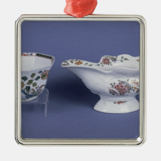 Worcester shaped oval sauce boat and octagonal christmas ornaments