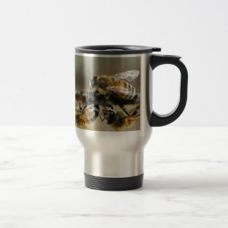 Worker honey bees travel mug