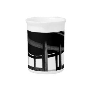 world art design agency tokyo newyork drink pitcher