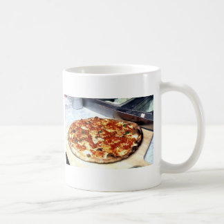 WORLD FAMOUS NEW YORK PIZZA COFFEE MUG