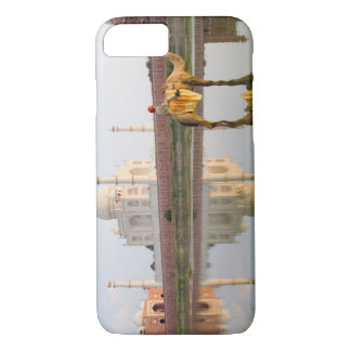 World famous Taj Mahal temple burial site at iPhone 7 Case
