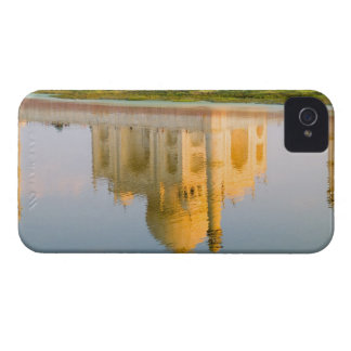 World famous Taj Mahal temple reflection at iPhone 4 Cases