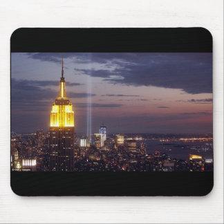 WORLD TRADE CENTER DEL HORIZONTE DE NEW YORK CITY TAPETES DE RATÓN