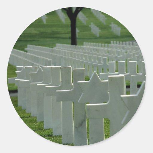 World War II cemetery, Memorial Day Classic Round Sticker