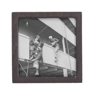World War Two Women Chipping Slag Premium Trinket Box