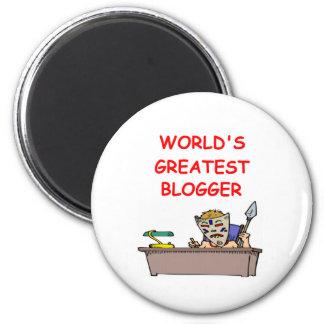 world's greatest blogger 2 inch round magnet