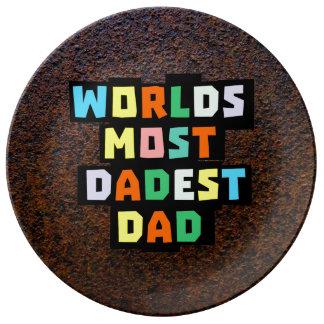 Worlds Most Dadest Dad Plate