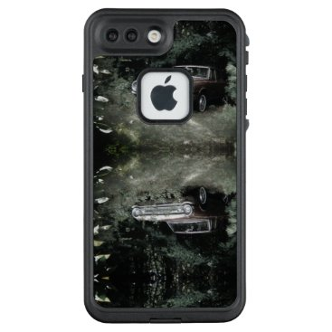 Beach Themed World's Most Haunted Car - The Goldeneagle - 1964 LifeProof FRĒ iPhone 7 Plus Case