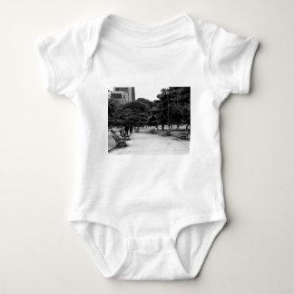 """Worldwide modern art today art fashion designer T Shirt"