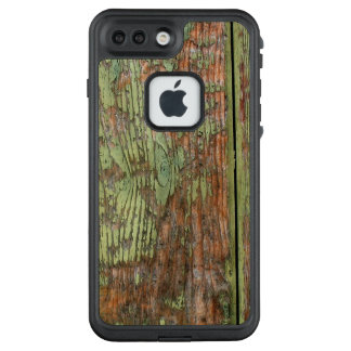 Worn and Weathered Green Barnwood LifeProof FRĒ iPhone 7 Plus Case