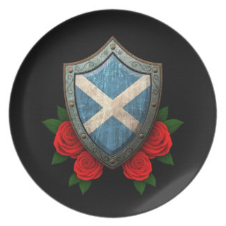Worn Scottish Flag Shield with Red Roses Dinner Plate