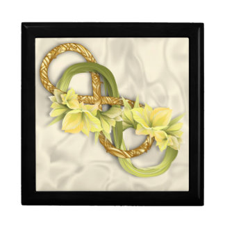 Woven Double Infinity in Gold & Cowlilies-White 3 Jewelry Box