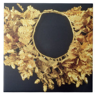 Wreath, Greek, late 4th century BC (gold) Tile