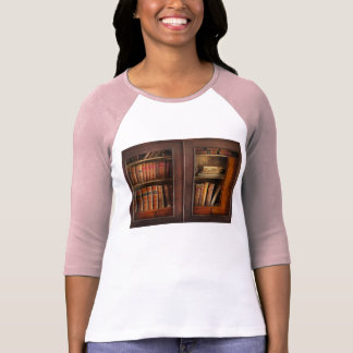 Writer - Books - The book cabinet T-Shirt