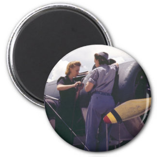 WW2 Women Aviation Mechanics 2 Inch Round Magnet